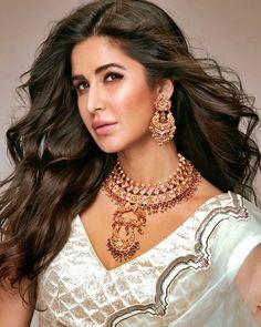 Katrina kaif as brand ambassador of kalyan jewelrs