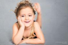 Ensaio fotográfico infantil realizado em Praia Grande/SP no estúdio fotográfico Stephânia de Flório Child photography, children, girl, kid, kids, studio, beach, criança, menina, praia, externo, estúdio, Santos, São Vicente, Cubatão, Guarujá, Itanhaém