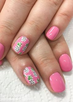 Pineapple Nail Art for Summer fun by the pool
