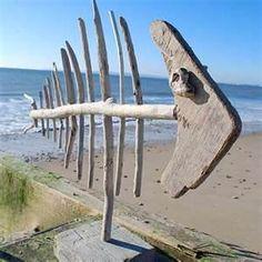 De-boned Driftwood Art. #DIYDriftwood