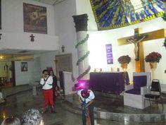 Hoy acompañe a mis hermanos de la parroquia Jesucristo Redentor en la pastorela que organizo el grupo juvenil y por ultimo pedimos posada.