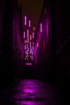 Night Aesthetic, Purple Aesthetic, Aesthetic Photo, Aesthetic Pictures, Neon Rosa, New Retro Wave, Luminaire Design, Nocturne, Night Photography