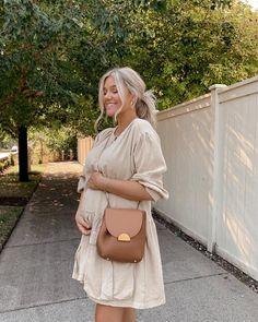 Winter Maternity Outfits, Fall Maternity, Stylish Maternity, Maternity Fashion, Cute Pregnancy Outfits, Stylish Pregnancy, Pregnant Outfits, Pregnancy Dress, Modest Fashion