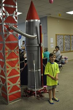 rocket with dry ice under it to look like it is about to blast off - The Noble Family: VBS Outer Space Party, Outer Space Theme, Sistema Solar, Maker Fun Factory Vbs, Space Classroom, Mission To Mars, Vacation Bible School, School Themes, Kids Church