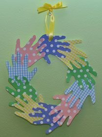 Fun Easter Crafts for Toddlers -- Some cute ideas.