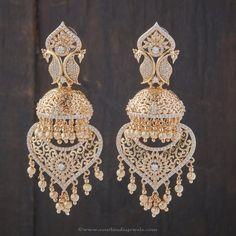 Fancy Jewellery, Gold Jewellery Design, Moda Indiana, Indian Earrings, Jhumki Earrings, Golden Jewelry, India Jewelry, Beautiful Earrings, Wedding Jewelry