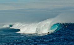 Tavarua - Cloudbreak, Dave Wassel #surfing a huge wave #VolcomFijiPro