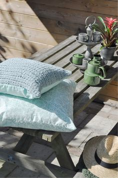 OVERSEAS-Pillow Microfiber Porto-Ice, PIllow Natural Knitted Vertigo-Ice