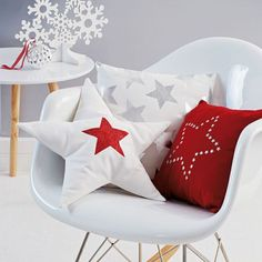 I love stars! It reminds me of some nice and cosy home atmosphere ... cool December nights. Source: Pinterest