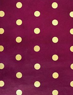 Pretty gold and maroon wall paper