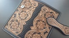 Leather Wallet Wallet gift Leather purse Handmade by AshotCraft