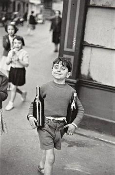 HENRI CARTIER-BRESSON  Rue Mouffetard, Paris,1954