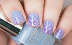 http://www.thenailasaurus.com/2014/10/gradient-nail-art-stamping