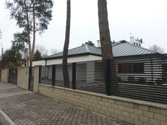 Ogrodzenia nowoczesne Fence, Garage Doors, Exterior, Outdoor Decor, Image, Projects, Home Decor, Log Projects, Homemade Home Decor