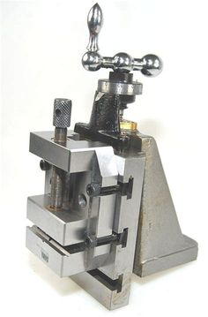 Milling Slide & Machine Vice Compatible With Myford Lathe Metal Lathe Tools, Metal Lathe Projects, Metal Working Machines, Metal Working Tools, Cnc Lathe Machine, Machine Tools, Metal Workshop, Maker Shop, Homemade Tools