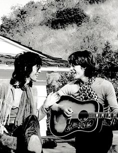Keith Richards and Mick Jagger at Stephen Stills' house in Laurel Canyon, Los Angeles, California, where they are rehearsing for their American tour, October 1969. © Terry O'Neill.
