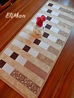Patchwork & Quilting table runner