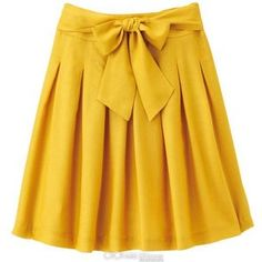 i LOVE this skirt. with a navy top. yes please.