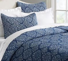 Brianna Print Quilt & Sham #potterybarn $250 crazy price but beautiful. Shams $60!! Yikes.