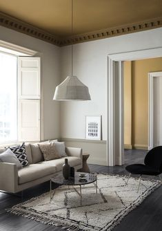 Elegant living room wall colour ideas matching with furniture 00045 ~ Home Decoration Inspiration Living Room Color Schemes, Living Room Colors, Living Room Designs, Interior Paint Colors For Living Room, Interior Desing, Home Interior, Stylish Interior, Living Room Paint, Small Living Rooms