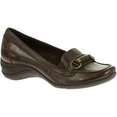 Womens Hush Puppies Kalani Alternative 7 M in Dark Brown Leather -- You can find out more details at the link of the image.