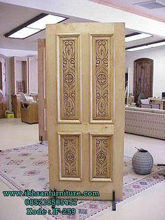 View some of the beautiful doors manufactued by Anasazi Door Company of Phoenix Arizona. Wooden Front Door Design, Double Door Design, Wood Front Doors, The Doors, Wooden Doors, Flush Door Design, Door Design Interior, Best Door Designs, Single Main Door Designs