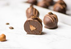 Nougat espresso truffle – make chocolates yourself – trüffel – Nutella Avocado Dessert, Best Espresso, Espresso Coffee, Iced Coffee, Nutella, Chocolates, Avocado Toast, Make Your Own Chocolate, Cappuccino Machine