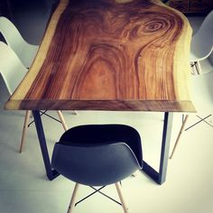 Swirl along to the natural curves and grains of the American Black Walnut dining table.  (Pictured: Henk Table www.etchandbolts.... ) #interiordesign #Scandinavian#homedecor #livingroomdesign #apartment #liveedge #singapore #furniturecustomisation #customisation #woodslab #walnut #americanwalnut #blackwalnut #bench #diningtable #centerpiece #singaporedesign