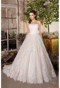 ... about robe de mariée divina sposa on Pinterest  Robes, D and Html