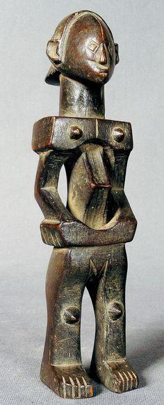 LUBA Shankadi: female figure.  h 28.5 cm