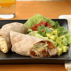 These shredded turkey & pinto bean burritos are sure to be a hit with the whole family and only take 20 minutes! #healthyfamilies