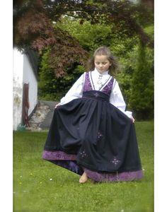 no Jøkulen Festdrakt til Pike My Little Girl, My Girl, Norway, Costumes, Pretty, Dresses, Fashion, Folk Dance, Russia