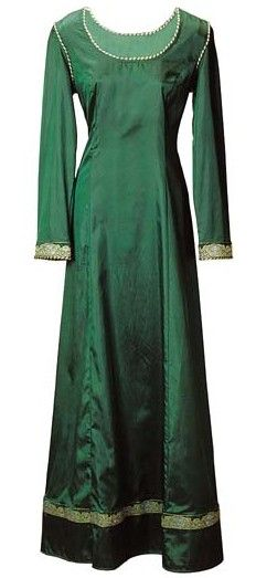 Emerald Dream Gown. This would be cool to wear to the ren faire