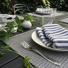 The collection features placemats made of paper yarn, woven onto a cotton warp. Order Up, Outdoor Decor, Design, Black White, Textiles, Paper, Table, Cotton, Collection