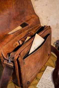 Classic Satchel Bag made from genuine leather. Everett Leather Bag in camel, for laptops, books, notes.