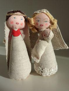 Linen Nativity set by thedollsgarden on Etsy, £45.00
