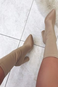 See big variety of girls stockings and hosiery. Cute Shoes Heels, Pretty Shoes, Nude Boots, Heeled Boots, Heels Outfits, Aesthetic Shoes, Fresh Shoes, Everyday Shoes, Sneaker Heels