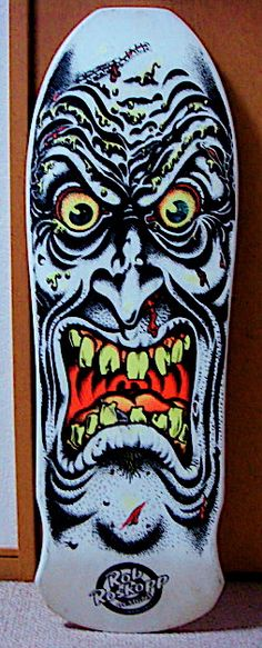 I hade this board at least 3 times. I think i had a blue one, green one and gray… Skateboard Deck Art, The Good Old Days, Skates, Skateboards, 1980s, Bike, Gray, Vintage, Santa Cruz
