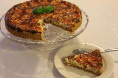 Tarun Taikakakut: Tomaatti-pekonipiirakka (26cm) Meatloaf, Lasagna, Ethnic Recipes, Waiting, Food, Essen, Meals, Yemek, Lasagne