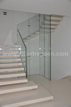 MISTRAL - Straight staircase / glass frame / wooden steps / without risers by Siller Stairs Marble Staircase, Tile Stairs, Glass Stairs, Floating Staircase, Concrete Stairs, Cantilever Stairs, Wrought Iron Stair Railing, Stair Railing Design, Railings