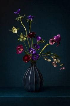Arrangements Ikebana, Floral Arrangements, Flower Room, Flower Art, Flower Painting Canvas, Floral Artwork, Acrylic Flowers, Amazing Flowers, Flower Vases