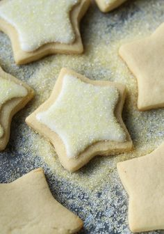 Simple No Chill Sugar Cookie Recipe.Easy No Chill Sugar Cookies That Can Be Made The Same Day. Easy Sugar Cookie Recipe Soft Chewy No Chill Cookies! Soft Chewy Sugar Cookies: Easy Recipe No Chilling . Home and Family Sugar Cookie Recipe No Chill, Cut Out Cookie Recipe, Sugar Cookie Icing, Rolled Sugar Cookies, Chewy Sugar Cookies, Galletas Cookies, Christmas Sugar Cookies, Cut Out Cookies, Sugar Cookies Recipe
