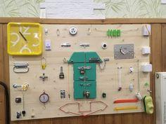 """Развивающие игрушки ручной работы. Ярмарка Мастеров - ручная работа. Купить БИЗИБОРД """"Домик"""" ,  Доска с замочками Стенд Монтенссори. Handmade."""