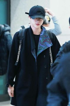Jin wearing the coat Taehyung got him for his birthday. Jimin, Bts Jin, Bts Bangtan Boy, Seokjin, Kim Namjoon, Hoseok, Taehyung, K Pop, Fanfiction