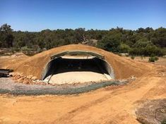 Baldwin O'Bryan , are experienced in building underground houses. Designed for energy efficiency and eco friendly system underground houses across Australia. Underground Living, Underground Homes, Hut House, Dome House, Tiny House, Green Magic Homes, Organic Architecture, Residential Architecture, Contemporary Architecture