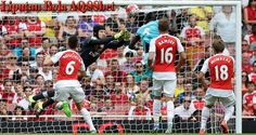 Petr Cech not dwelling on nightmare Arsenal debut ready to face Palace next weekend. Arsenal, Mario, Liverpool, Baseball Cards, Face, Youtube, Kenya, News, Hs Sports