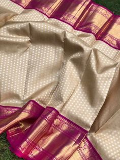 Kanjivaram Sarees Silk, Blue Silk Saree, Indian Silk Sarees, Bengali Saree, Pink Saree, Saree Kuchu Designs, Wedding Saree Blouse Designs, Pattu Saree Blouse Designs, Bridal Sarees South Indian