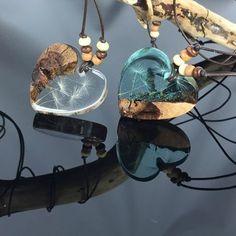 Dandelion chain on Etsy at ZeitlosSchmuckDesign - Resin / Epoxidharz / DIY / epoxy . - Dandelion chain on Etsy at ZeitlosSchmuckDesign – Resin / Epoxidharz / DIY / epoxy - Resin Jewlery, Resin Jewelry Making, Resin Necklace, Diy Jewelry, Jewelery, Jewelry Design, Heart Jewelry, Unique Jewelry, Epoxy Resin Art