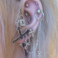 These cuff earrings can be worn from day to night. No piercing necessary! The ear cuffs are gold filled The cuffs are and in width This listing is for a SINGLE ear cuff Punk Outfits, Tumblr Outfits, Indie Outfits, Grunge Outfits, Indie Tattoos, Punk Tattoo, Arabic Tattoos, Cute Jewelry, Jewelry Accessories