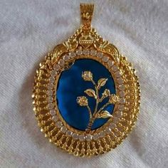 Pendant Jewelry, Jewelry Art, Antique Jewelry, Gold Jewelry, Beaded Jewelry, Gold Mangalsutra Designs, Gold Jewellery Design, Personalized Gold Necklace, Gold Pendent